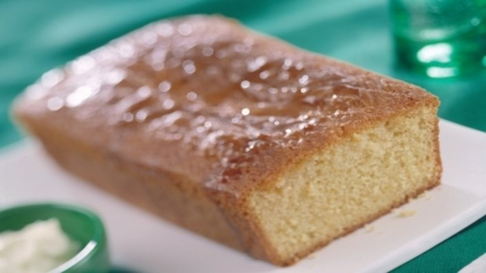 Recipes Using Lemon Drizzle Cake: Recipe: Elderflower & Lemon Drizzle Cake